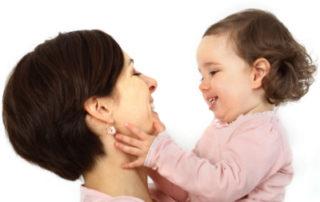 Survey: Mum or Daycare - Foto Anke Thomass © fotolia