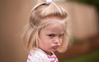 Wutanfälle kleiner Kinder - Foto jandrielombard © iStock