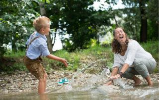Geborgenheit gibt Kindern soziale Kompetenz - Foto arthurbraunstein © photocase