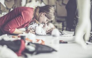 Berufstätige Mutter - Foto IStock ©Eva Katalin Kondoros