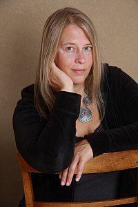 Buchautorin Julia Dibbern