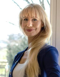 Angelika Urbach