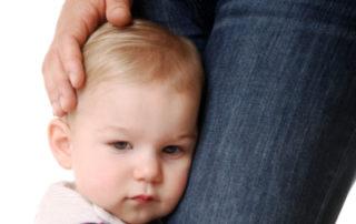 Wenn Kleine Kinder klammern - Foto AdobeStock_Kitty