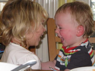 Betreut bei der Tagesmutter - Foto © Stiftung Zu-Wendung für Kinder