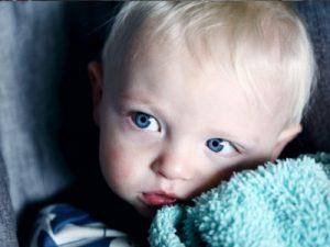 Kindheit heute - Foto Unsplash © Sharon Mc Cutcheon